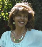 Lisa Azar